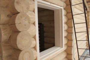 Фото: обсада в деревянном доме