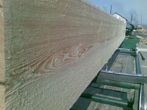 Фото: изготовление бруса из лиственницы