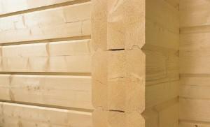 фото: стена из клееного бруса