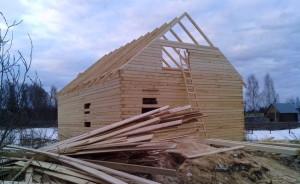 фото: строительство базового комплекта дома
