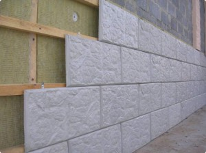 фото: монтаж фасадной плитки