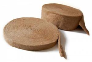 фото: джутовый утеплитель для деревянного дома