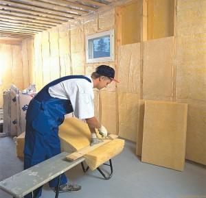 фото: работы по утеплению стен внутри