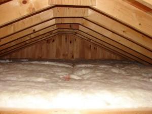 фото: утепление потолка минватой