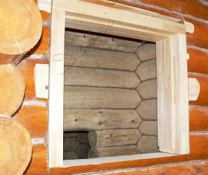 фото: Окосячка проемов деревянного дома
